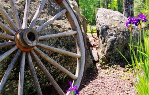 Wagon Wheel on the Rock - Sanbornton, NH